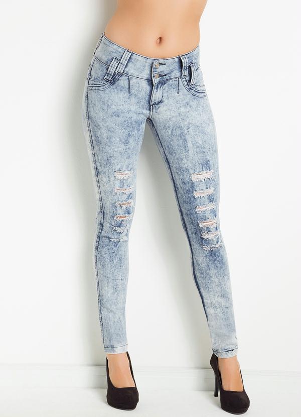 Calça Jeans Destroyed Feminino  Posthaus -> Banheiro Feminino Ou Feminina
